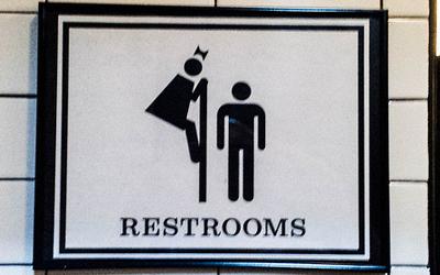 ウォシュレット取り付け屋さん:「今話題の「世界のトイレマーク」について」世界のトイレマーク1の画像(イメージ)