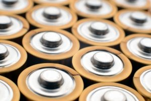 ウォシュレット取り付け屋さん:「まさか故障!?もしウォシュレットの温水が出なくなった時の対処法」電池の画像(イメージ)